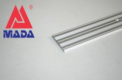 Алюминиевый плоский порог 38 мм