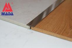 Профиль из нержавеющей стали, 26 мм, 250 см, тавровый, полированный