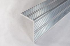 Профиль алюминиевый на край ступенек 30/30 мм х 1 м, 2 м, 3 м (без покрытия)